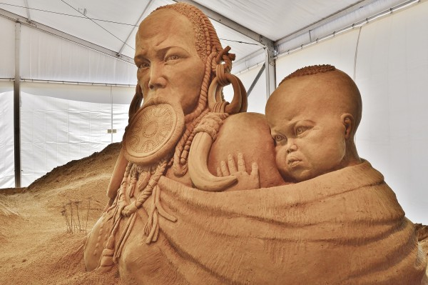 sand-sculpture-785117_1920