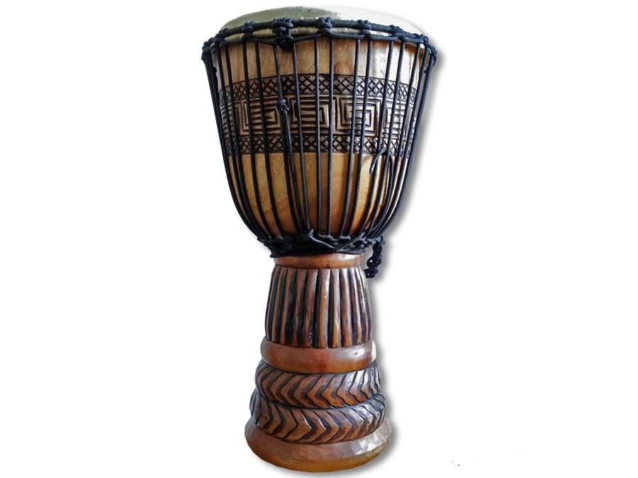 Djembe in Profiqualitaet beschnitzt 65cm  Trommel Djembee Drum