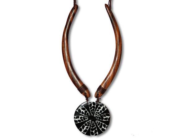Halskette Meeresschnecken, Holzspangen, rund